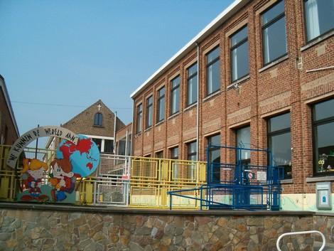 2007-09-19-school-vlezenbeek.jpg