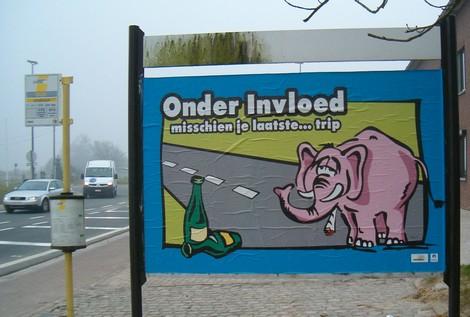 2008-02-13_sint-pieters-leeuw_-verkeersaffiches-1.jpg