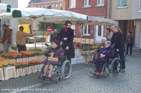 2008-03-14_sint-pieters-leeuw_wekelijkse-markt_4.jpg