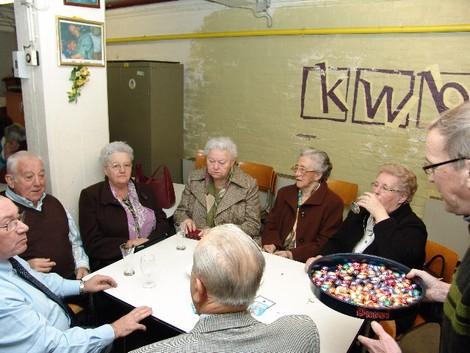 2008-03-28-nganda-sluit_kwb-lokaal-open_2.jpg