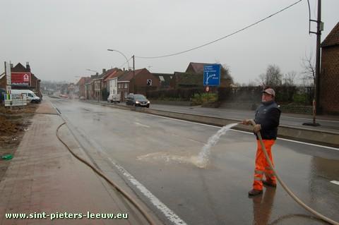 2008-12-18-wegdek-hersteld_2