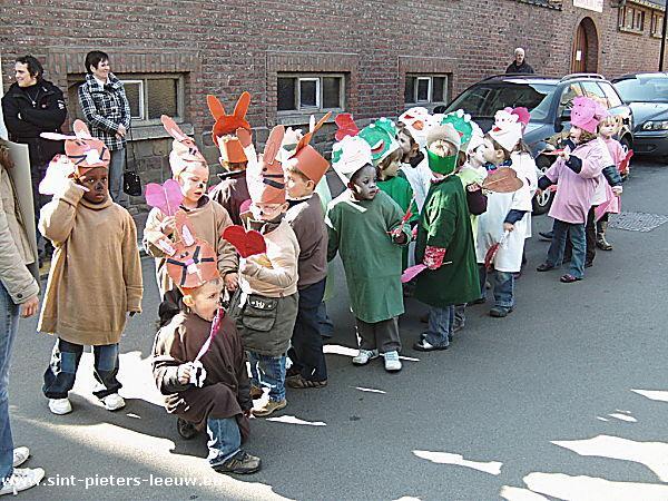 2009-03-19-kindercarnaval_sint-pieters-leeuw_1