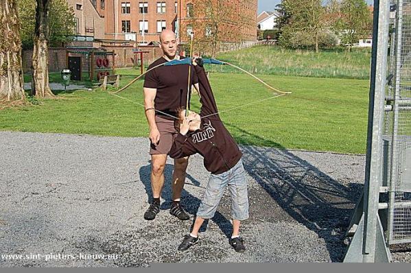 2009-04-19-handboog-initiatie_1-wout