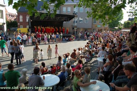 2009-06-13-2de-Leeuw-Rinkt_SINT-PIETERS-LEEUW-4-Leeuwe-Turnkring