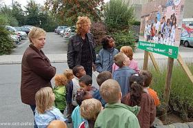 2009-09-16-veiligstappenentrappennaarschool-6