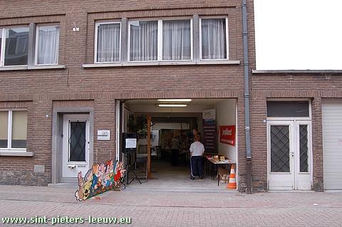 2009-10-03-Ruisbroek-kerkstraat10-JEUGDDIENST