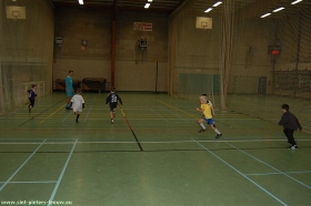 2009-11-04-kv-zuun_indoor-voetbalstage-3