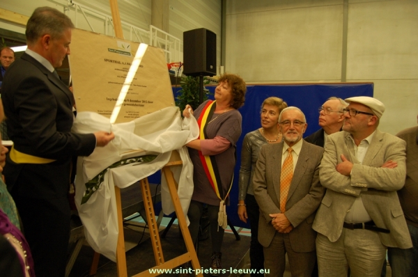 2012-12-08-sporthal-opening_01