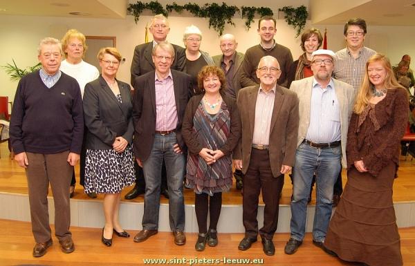 2012-12-20-laatste-gemeenteraad-legislatuur_Sint-Pieters-Leeuw_uittredende-raadsleden