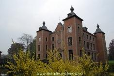 2013-05-07-Colomakasteel_Sint-Pieters-Leeuw_lente