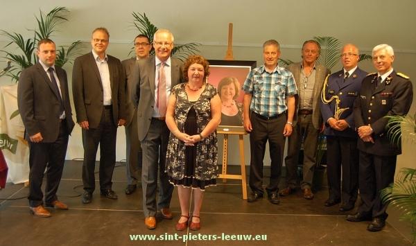 Lieve Vanlinthout ereburgemeester van Sint-Pieters-Leeuw.