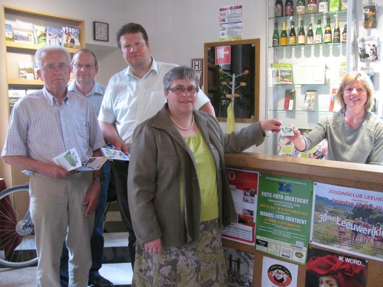 Dagelijks bestuur van Toerisme Pajottenland-Zennevallei: Guido Dieudonné, Marcel Franssens, Johan Vencken( secretaris) en Marleen De Kegel ( voorzitter).