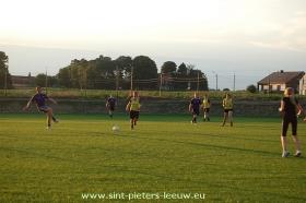 2013-08-05-eerste-training-vrouwenploegen_SK_Leeuw_04