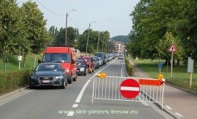 2013-08-11-omleiding-en-parking_hoebelbike_hoebelfeesten_03