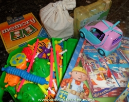 2013-11-14-inzameling_speelgoed