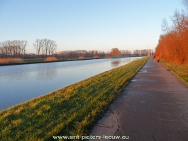 2013-12-29-kanaal-charlerloi-met-fietspad_03