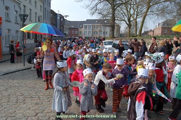 2014-03-28-carnaval_Don-Bosco_Leeuw (6)
