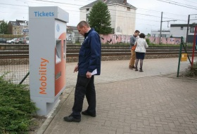 2014-05-28-nmbs-ticket-automaat-mobility_02