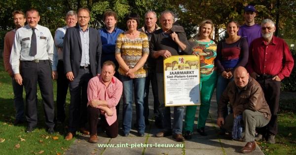 2014-10-27-voorstelling-jaarmarkt_Sint-Pieters-Leeuw-2014
