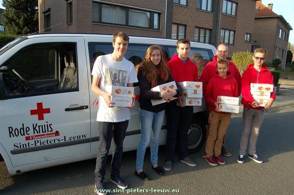 2014-11-08-jeugdrodekruis-wafeltjesverkoop