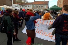 2014-11-11-jaarmarkt_Sint-Pieters-Leeuw (53)