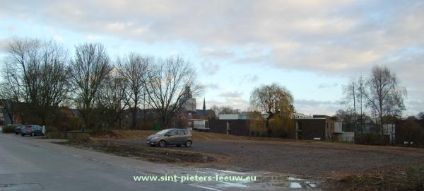 2014-12-10-ex-Wilgenhof_tijdelijke-parking_01