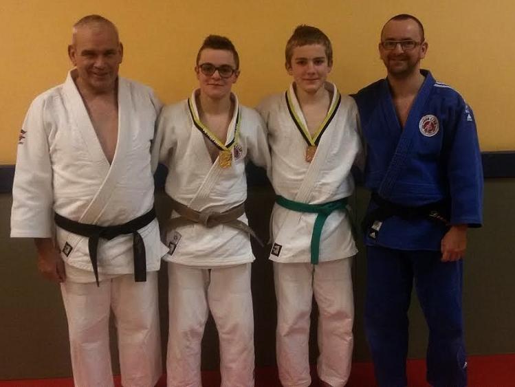 3 generaties judoka's vlnr. Decuyper Robert, Nathan, Audric en Alain.