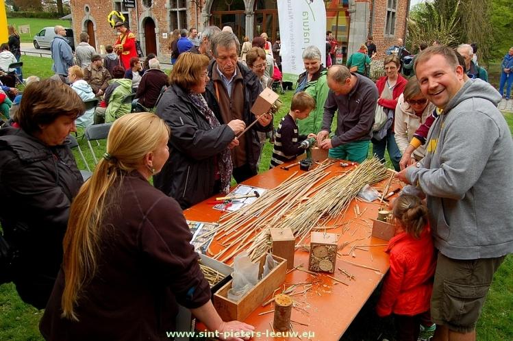 2015-04-26-bijen-en_bloesemfeest (15) Sint-Pieters-Leeuw