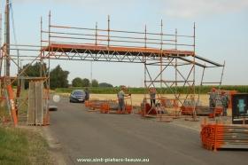 2015-08-07-opbouw-pop-up-bridge-Hoebelbike_03