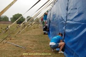 2015-08-11-opbouw-Hoebelfeesten_02