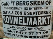 2015-09-06-spandoek-rommelmarkt