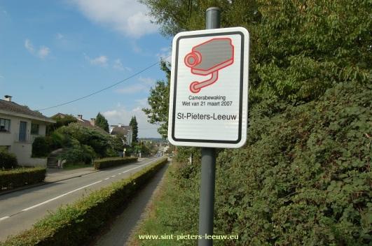 2015-09-04-installatie-ANPR-camera_Vlezenbeek-02