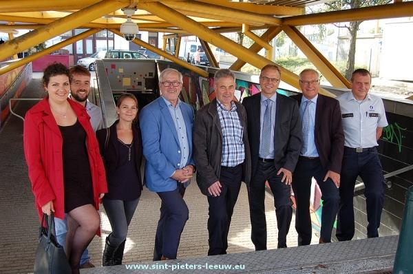 2015-09-25-bewakingscameras-station-Ruisbroek_20