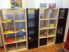2015-09-28-speel-o-theek_lege-rekken
