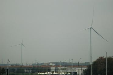 2015-10-13-windturbines_Sint-Pieters-Leeuw_Beersel_opbouw (25)