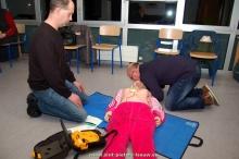 2015-12-16-hartveilige-gemeente-opleidingen_eerste-hulp_AED