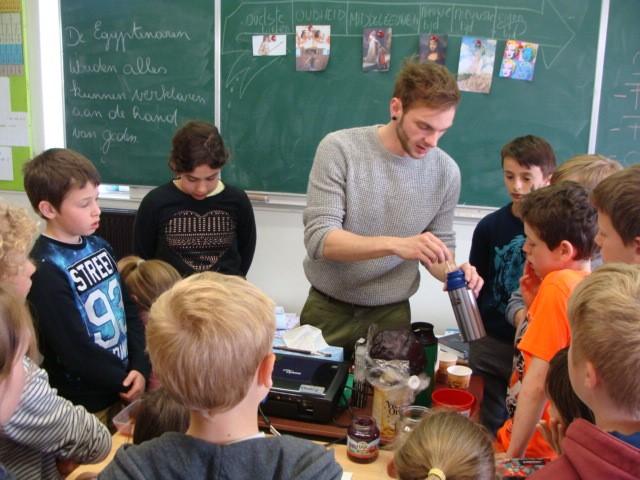 2016-05-18-5de-leerjaar-en-Maarten-Deffosez