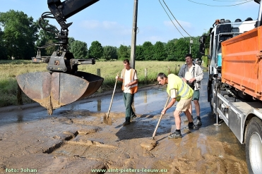 2016-06-09-modder-ruimen (10)
