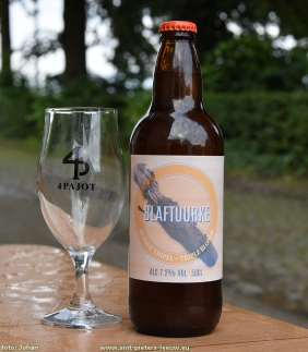 2016-06-21-brouwerij-4Pajot_bier_Blaftuurke