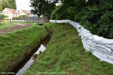 2016-06-23-zandzak-dijk-wijk-Hoge-Paal_01
