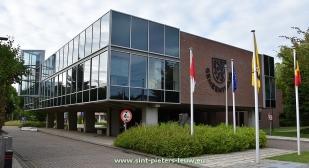 2016-09-11-gemeentehuis_sint-pieters-leeuw_01