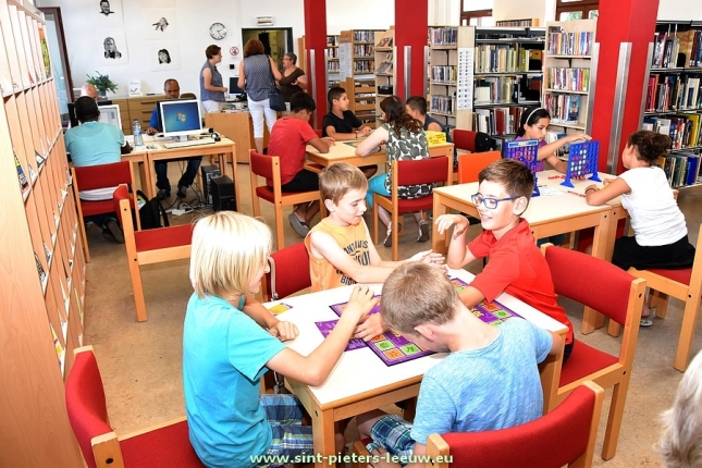2016-09-14-1jaar_speel-o-theek_in-bib_sint-pieters-leeuw_05