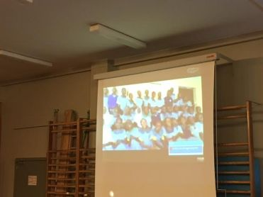 2016-10-05-ave-mariabiasisschool-doet-mee-met-saved-by-the-bell_02