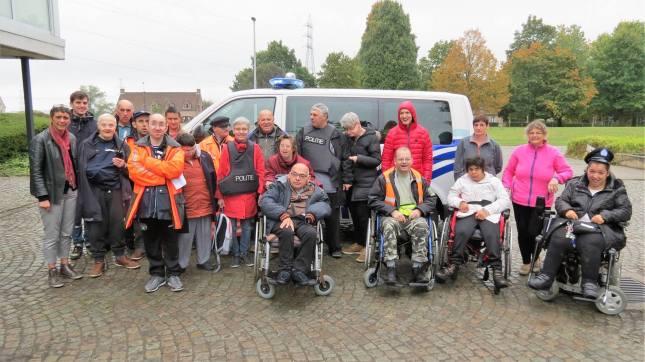2016-10-26-de-poel_bezoekt-politie