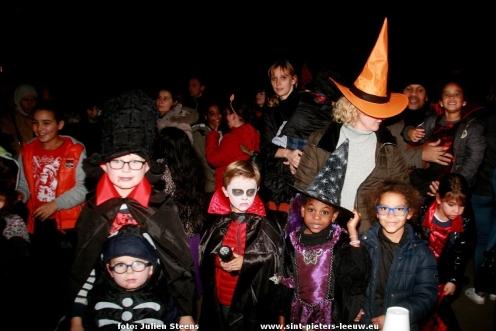 2016-10-28-halloween-lichtstoet_ruisbroek_11