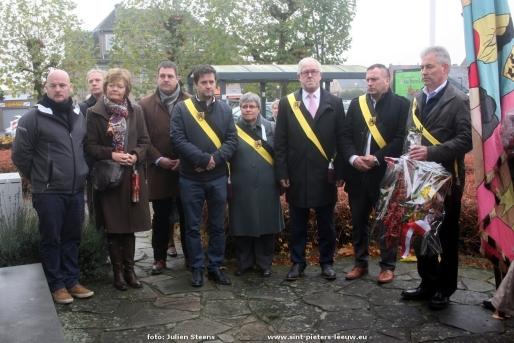2016-11-13-herdenking-wereldoorlog-vlezenbeek_07