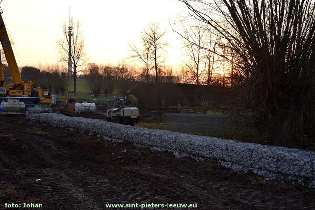 2016-12-15-aanleg-stuw-en-dam_hermenadering-zuunbeek_05