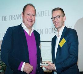 2017-02-07-schoentjes_drankenhandelaar-award_00