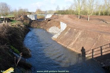 2017-03-07-bouw-stuw-Zuunbeek_voor-wachtbekken_Volsem_01