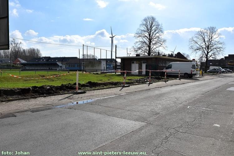 2017-03-07-parking-voetbalveld-Ruisbroek_uitbreiding_01